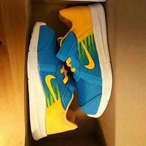 Nike Shoes - NWB Nike downshifter 8 fade (tdv) kids shoes